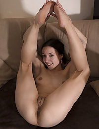 This skinny cock gobbler has the most amazing booty and the hottest curves to show today.
